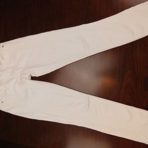 NWOT Gap $79 Embroidered White Jeans